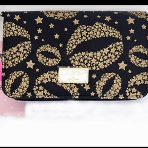 BETSEY JOHNSON Black/Gold Wristlet